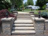 hardscape pilars, steps and walkway